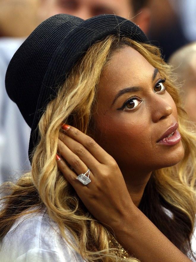 Το μονόπετρο δαχτυλίδι με διαμάντι της Beyonce